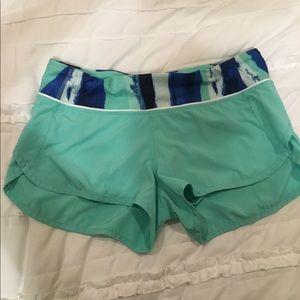 Lulu 4 way shorts size 6